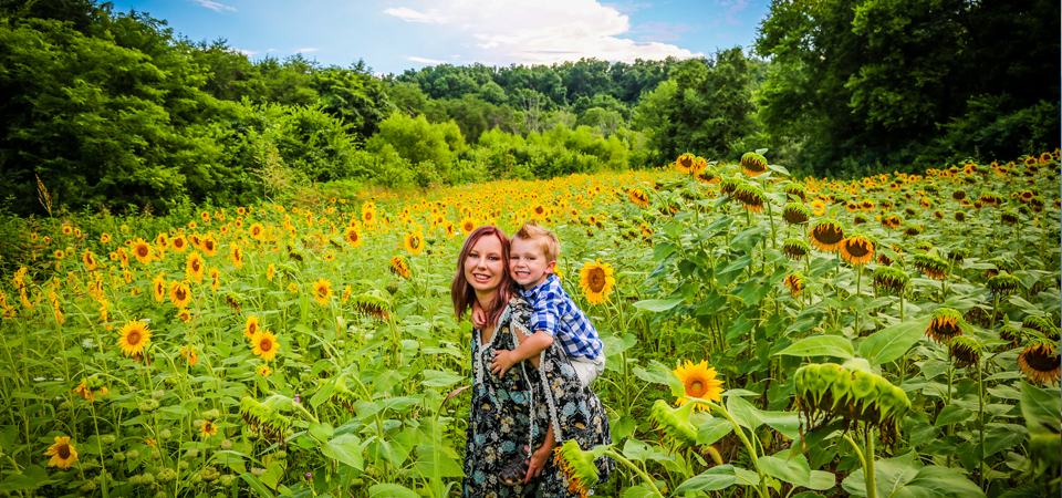 Sunflower Session | Forks Of The River Wildlife Management Area | Knoxville TN Photographer