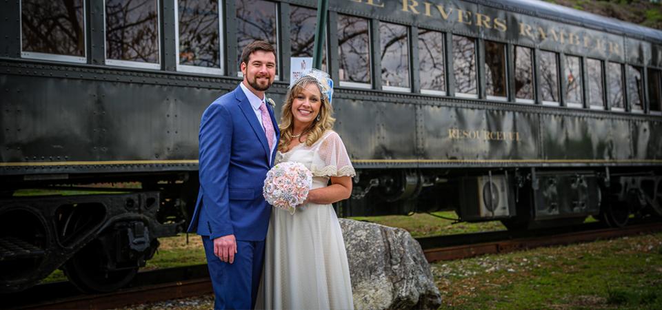 Melanie + Jonathan | Three Rivers Rambler Train | Tennessee River Boat | Knoxville, TN Photographer